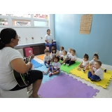 escola maternal crianças de 2 anos Vila Vivaldi