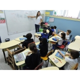 valor da creche infantil com inglês Jardim das Oliveiras